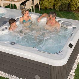 modern-houses-basen-swim-spa-4